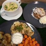 kabeljauwfilet en gebakken aardappelen